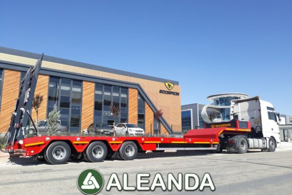 LOWBED SEMI-TRAILER SCORPION 3-AXLE [NEW]