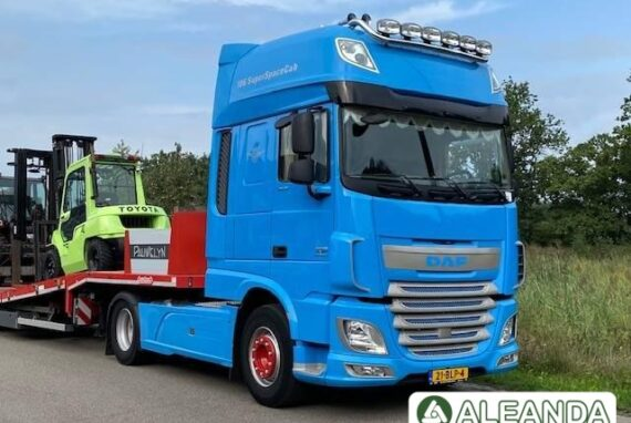 TRACTOR UNIT DAF XF 460 FT [423 875 km] [2015]