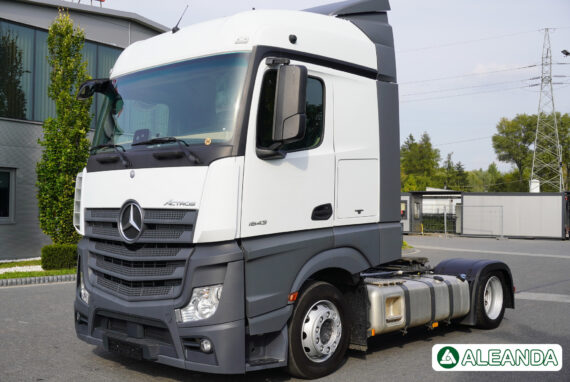 TRACTOR UNIT MERCEDES-BENZ ACTROS 1843 LS NRL [350 000 km] [2017]