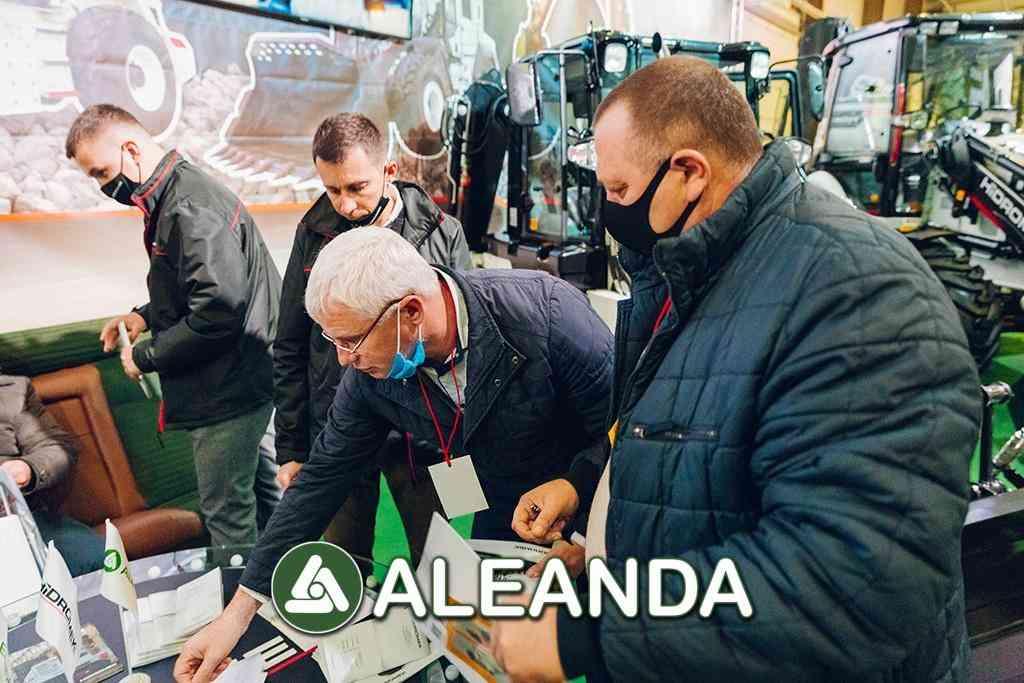 aleanda-na-18-mu-forumi-avtodorekspo-17