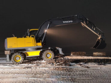 Excavator for education from Aleanda